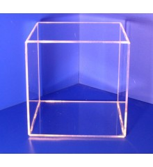 Cubo 4 caras 3mm 200x200x200mm PLV